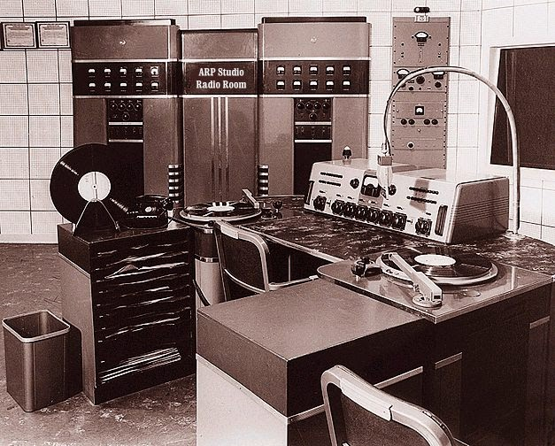 brief history of radio broadcasting Broadcasting: broadcasting, electronic transmission of radio and television signals that are intended for general public reception, as distinguished from private signals that are directed to specific receivers.