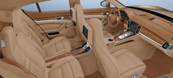 The 2010 Panamera Porsche interior