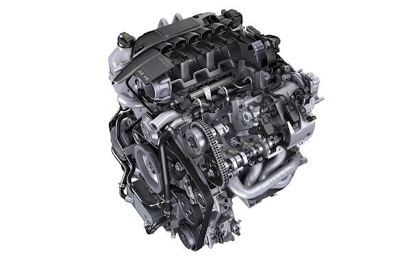 The 2010 Panamera Porsche engine