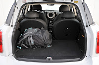 MINI Cooper Countryman trunk