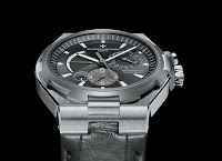 Vacheron Constantin Overseas 2010 side (b)