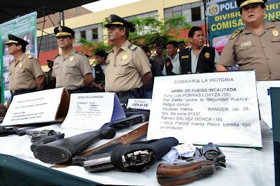 Ministerio del interior polic a nacional realiza exitoso megaoperativo en lima for Ministerio policia nacional