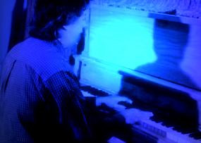 [Chris+Piano+3jpg]