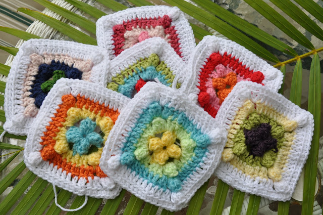 Free Crochet Easy Granny Square Patterns : GRANNY SQUARE CROCHET PATTERN FREE Patterns