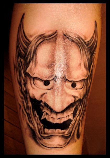 nu sunt prea multe de spus la acest tattoo,simpla masca hanya shading si cam