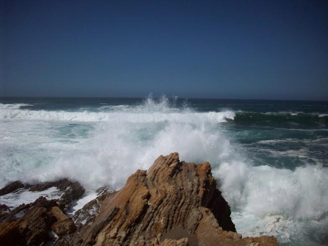 Crashing Waves at Montano de Oro
