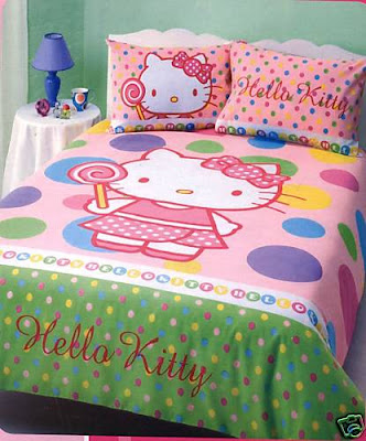 hello kitty quilt. This is a gorgeous QUEEN size quilt cover set in the ever popular HELLO