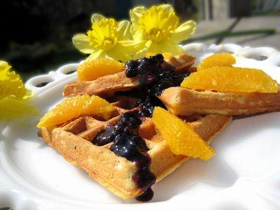 [cornmeal+waffles+from+dorie.jpg]