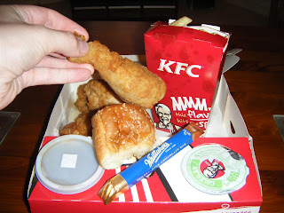 Kfc Meal Box Fat Pride Times: KFC Phwaa Big Chicken Meal Box From New Zealand ...