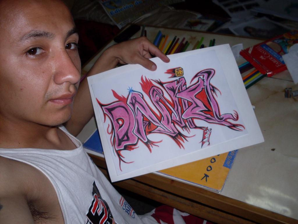 Esta creación un nombre hecho en modelo graffiti.