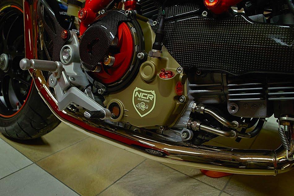 [SUZUKI Ducati+10127-03.jpg]