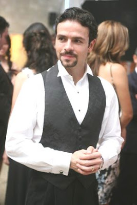 José María Torre con cabello corto