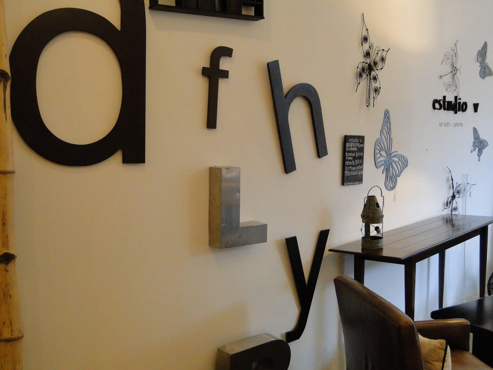 Estudio v sopa de letras - Decorar paredes con letras ...
