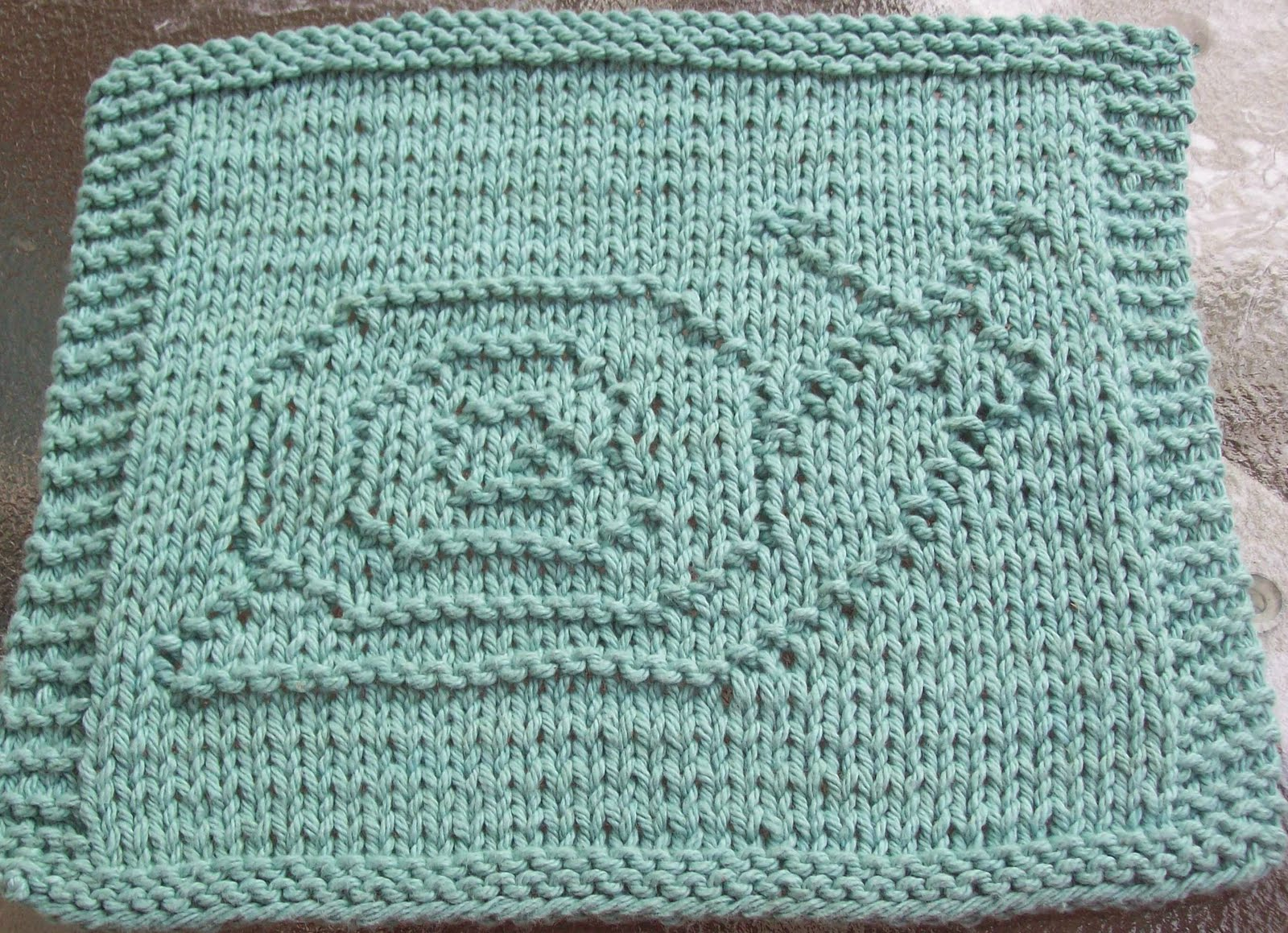 DigKnitty Designs: Snail Knit Dishcloth Pattern