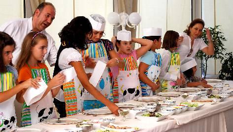 Manos en la masa talleres de cocina para ni os en todo el - Talleres de cocina infantil ...
