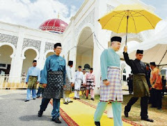 Sultan Yusuf Izzuddin Shah mosque in Seri Iskandar - May 31