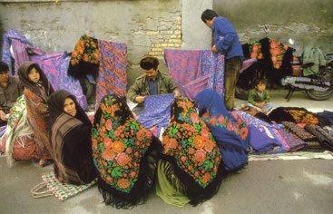 * Türkmensährada hepdelik bazarlar.