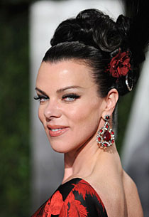 Debi Mazar eye color