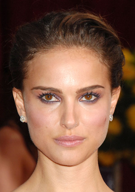 natalie portman red eyes. Natalie Portman! Some eyebrow shapes will be more straight, and that is fine