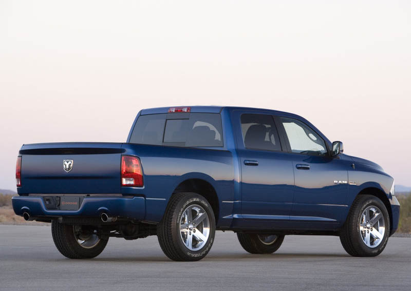 car maniax and the future  Dodge Ram 1500 Sport  2009