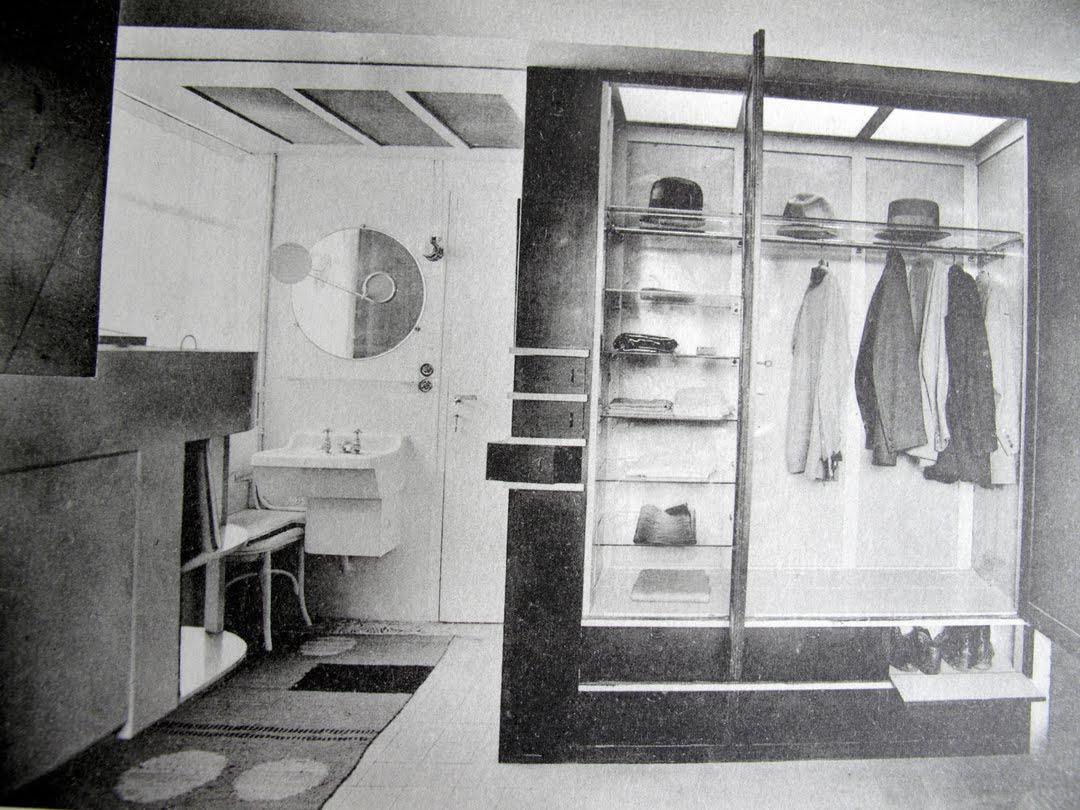 eileen gray jean badovici 39 s e1027 manishtama. Black Bedroom Furniture Sets. Home Design Ideas