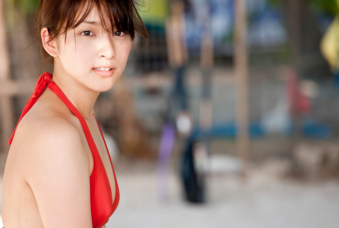 Emi Takei  born in December 25  1993 in Nagoya  Japan  is a Japanese