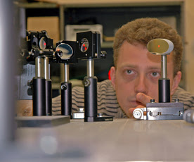 Plasmoid Thruster Researcher, Image Credit: Phyorg.com