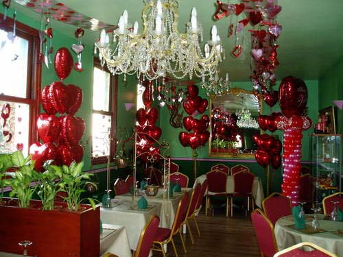 Romantic valentine day for your home decoration future for Valentine decorations to make at home