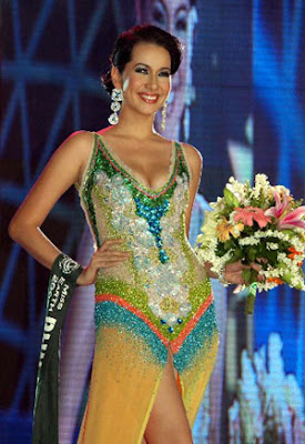 the philippines miss karla paula henry was crowned miss earth 2008 at