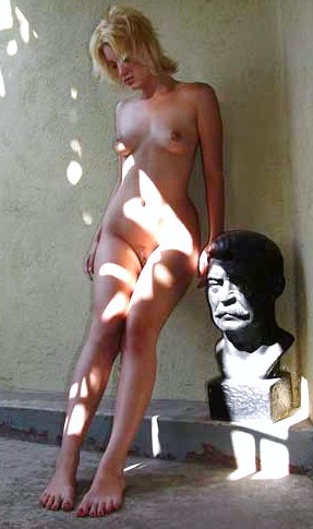 naked women on the web