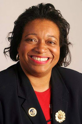 Mayor Sharon Robinson-Briggs