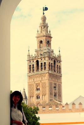 Pilar,... y Sevilla