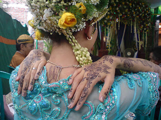Bride with Hand Henna Tattoos