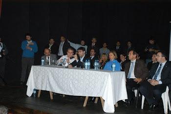 Ilarregui, Bossio y la senadora Beatriz Rojkés de Alperovich