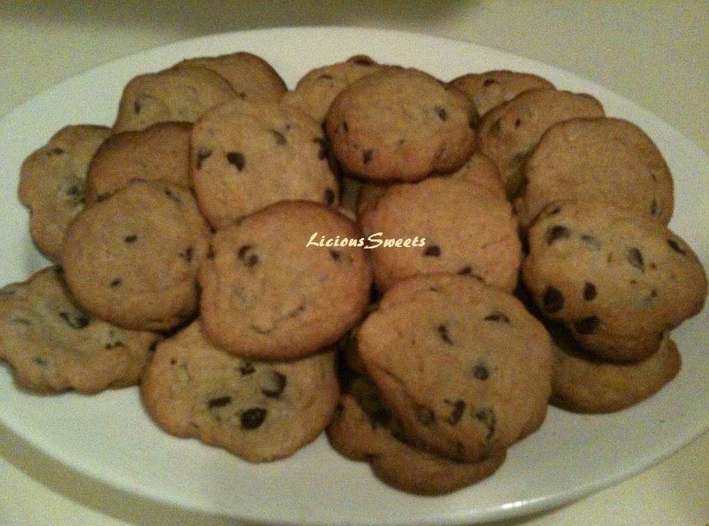 ... Licious Cakes: The Original Nestle Toll House Chocolate Chip Cookies