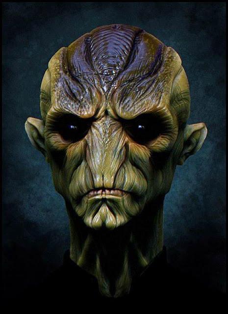 17 Lukisan Alien Spektakuler di Dunia Versi Imutz.Net Aliens-002