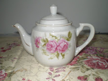 My Three Roses Mini Tea Pot