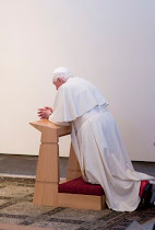 The Pope's Kneeler
