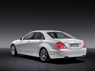 Mercedes Benz Classe S 400 Hybrid Traseira e lateral