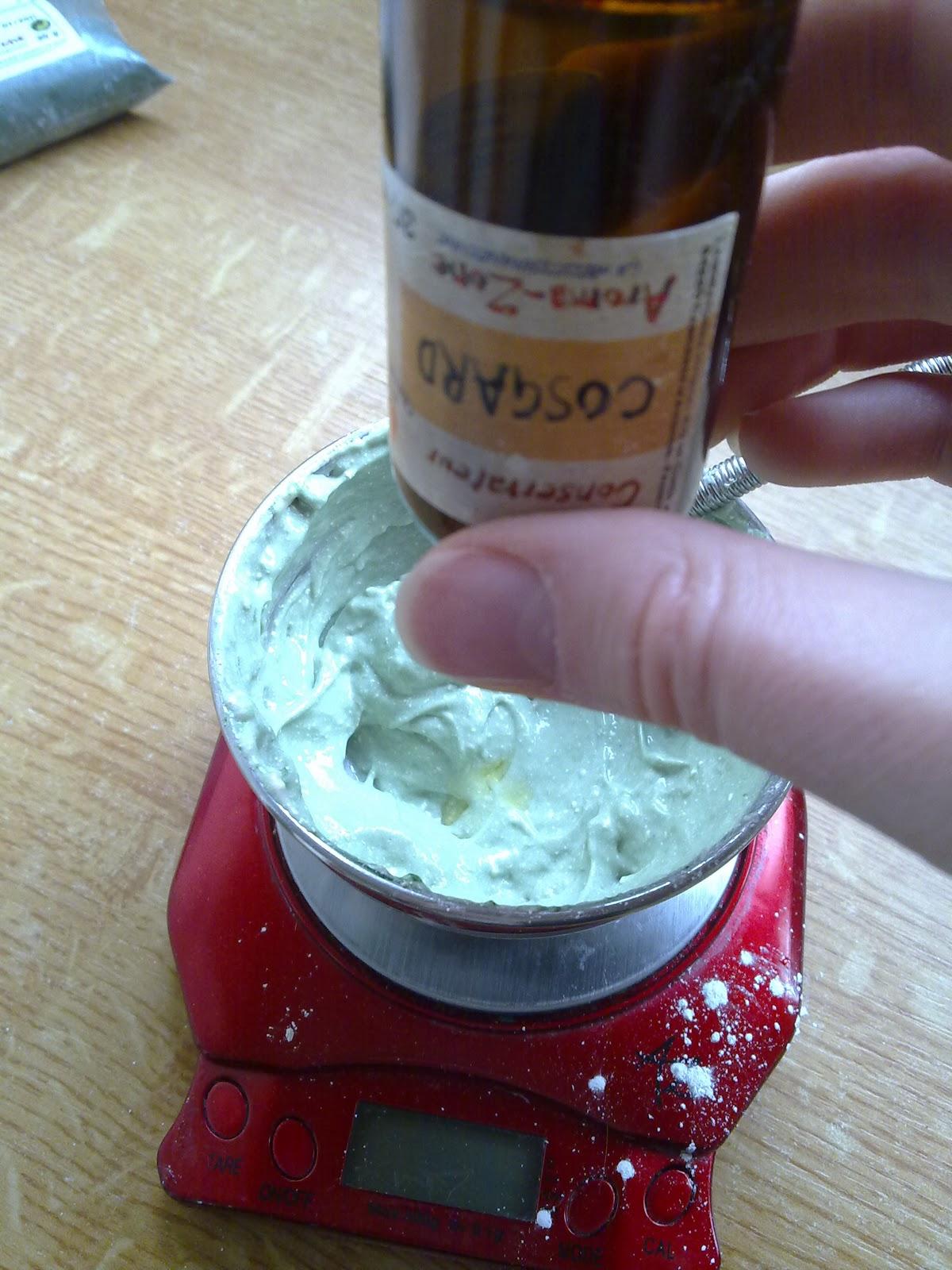 Dentifrice remin ralisant blanchissant et haleine - Fabriquer poche a douille ...