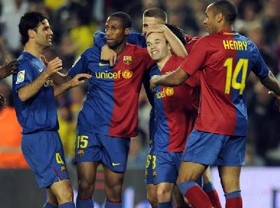 Barcelona Boys - OK, I know it's an old photo - Barcelona Sights