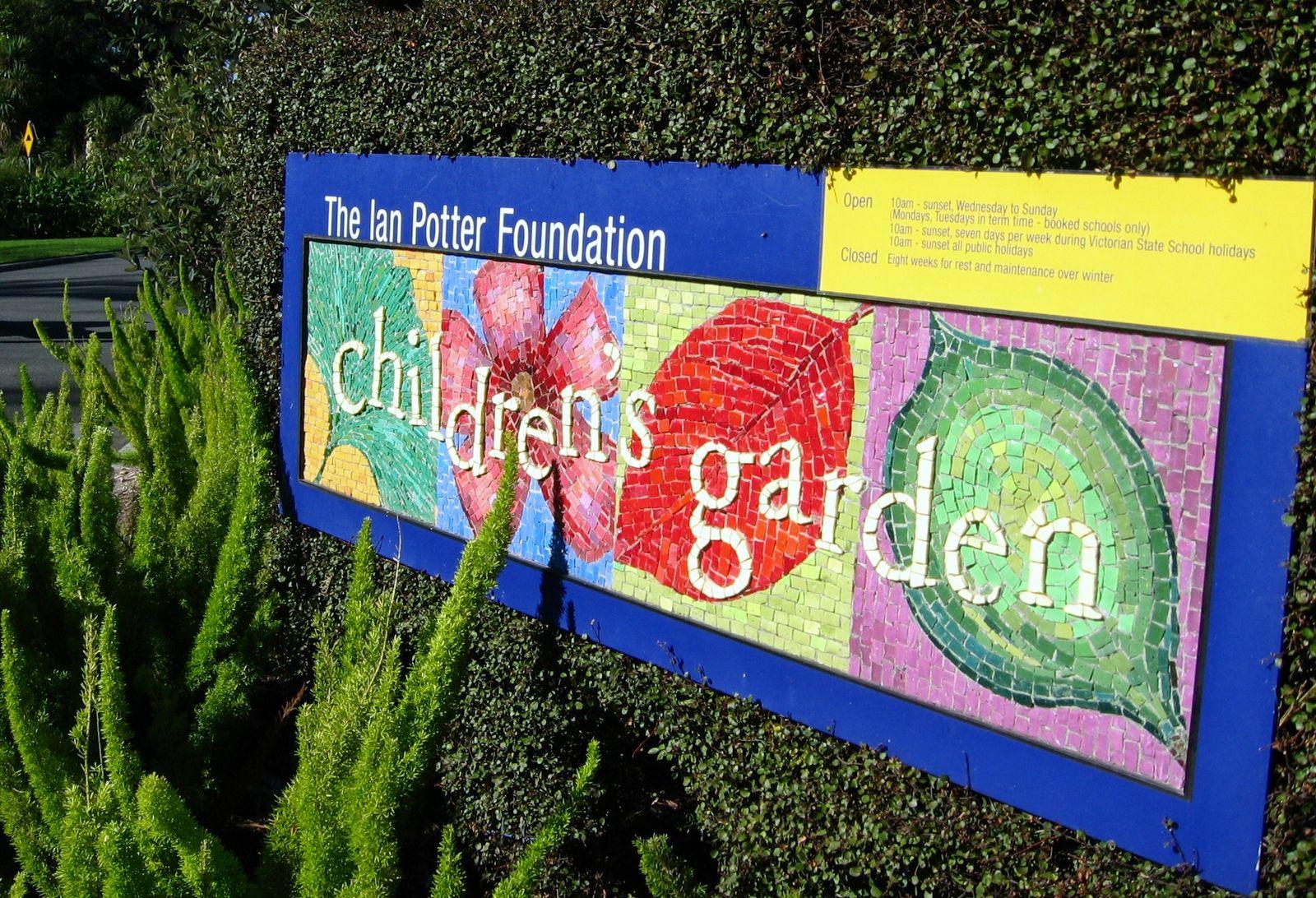 simple simon says melbourne royal botanic garden