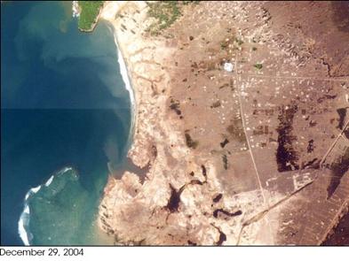FOTO KEAJAIBAN TSUNAMI ACEH YANG TEREKAM NASA