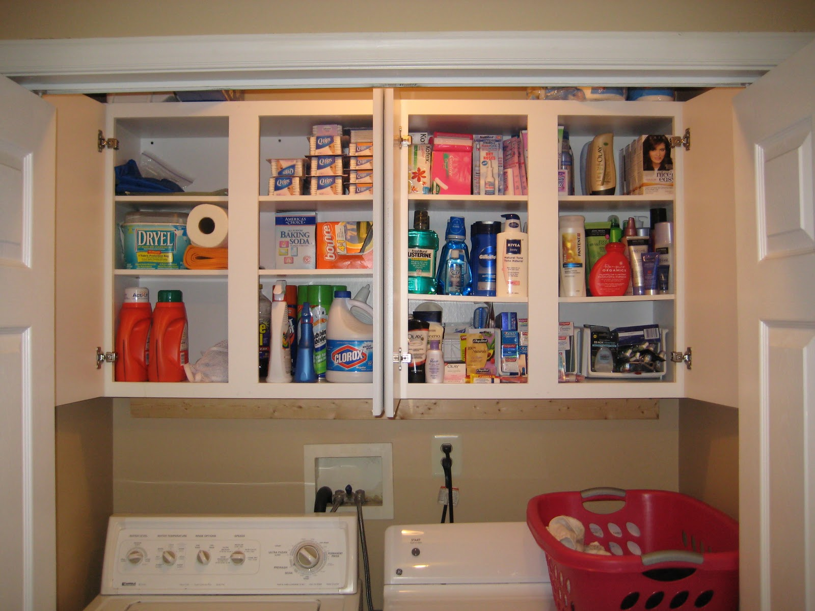 Making Our House A Home: Day #10   Laundry Room/Closet Organization