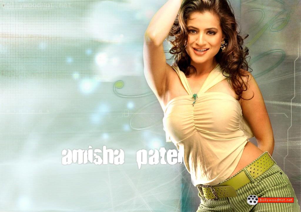 [amisha-patel-hot-bollywood-sexy-actress-girl22.jpg]