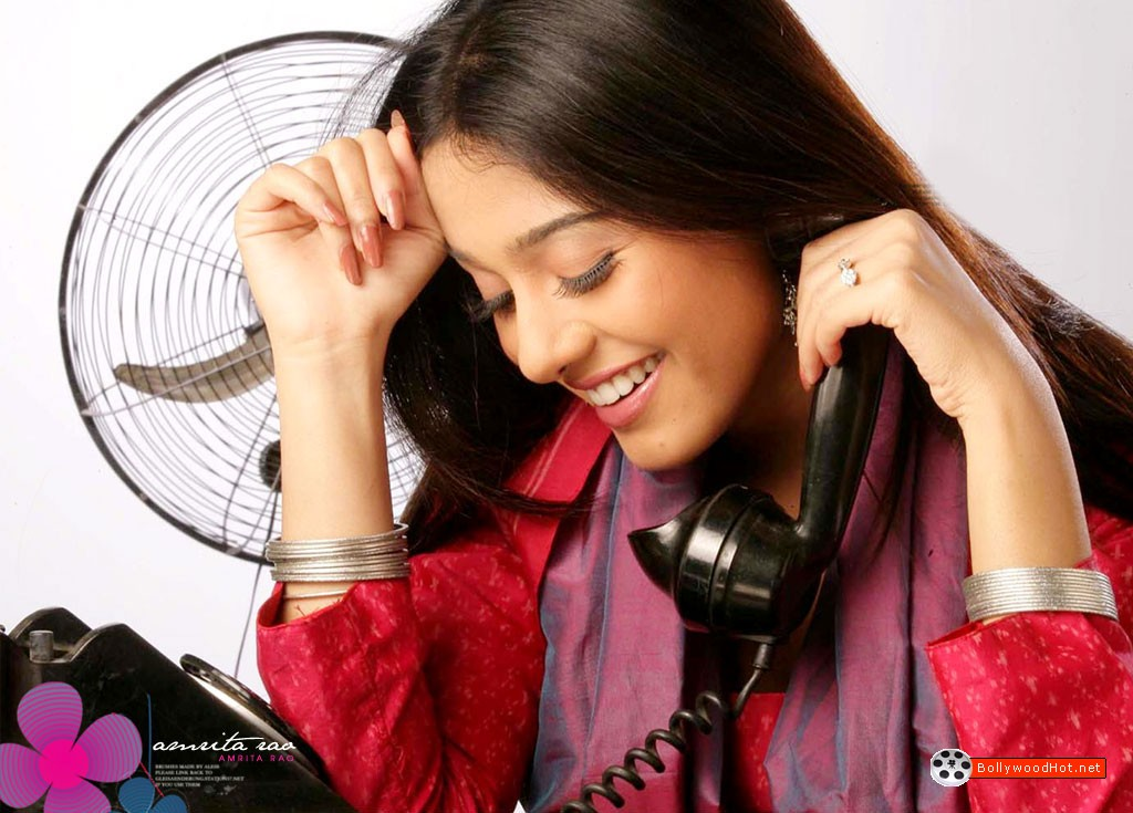 [amrita-rao-sexy-bollywood-girl-hot-actress2.jpg]