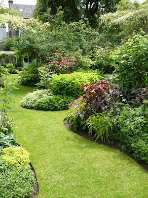 Balades dans de beaux jardins le jardin priv d 39 andr eve - Les plus beaux jardins de particuliers ...