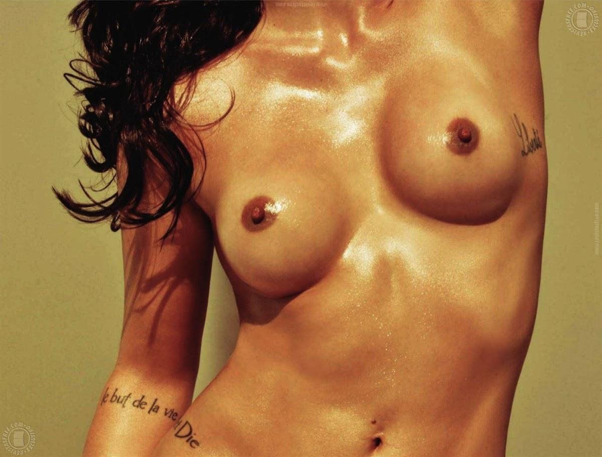 http://4.bp.blogspot.com/_SGPJp3vP7eY/TRzdtvyzoQI/AAAAAAAACJs/sePSDhzsGVI/s1200/tattoo%2Bpiece%2Barm%2Bhot%2Bsexy%2Bnude%2Bplayboy%2BCleo%2BPires.jpg5.jpg
