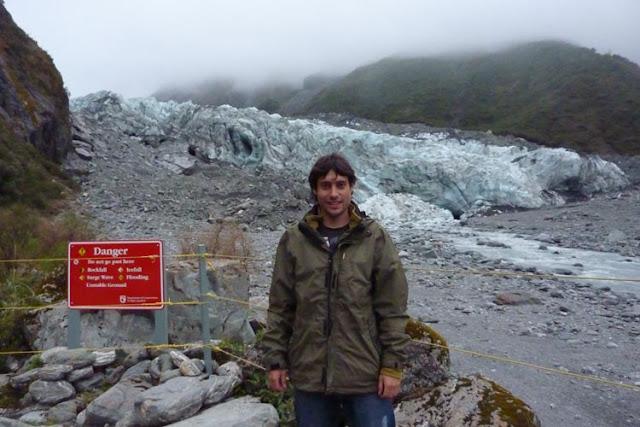 Unas cuerdas te cortan el paso en el Glaciar Fox