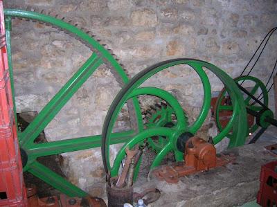 Mill Mechanism at Brasserie de la Rainette